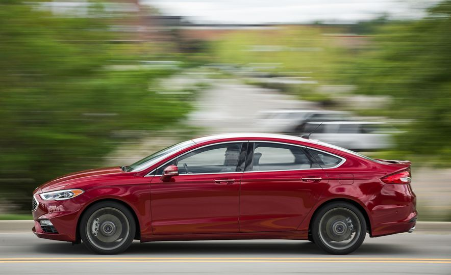 2017 Ford Fusion - Slide 7