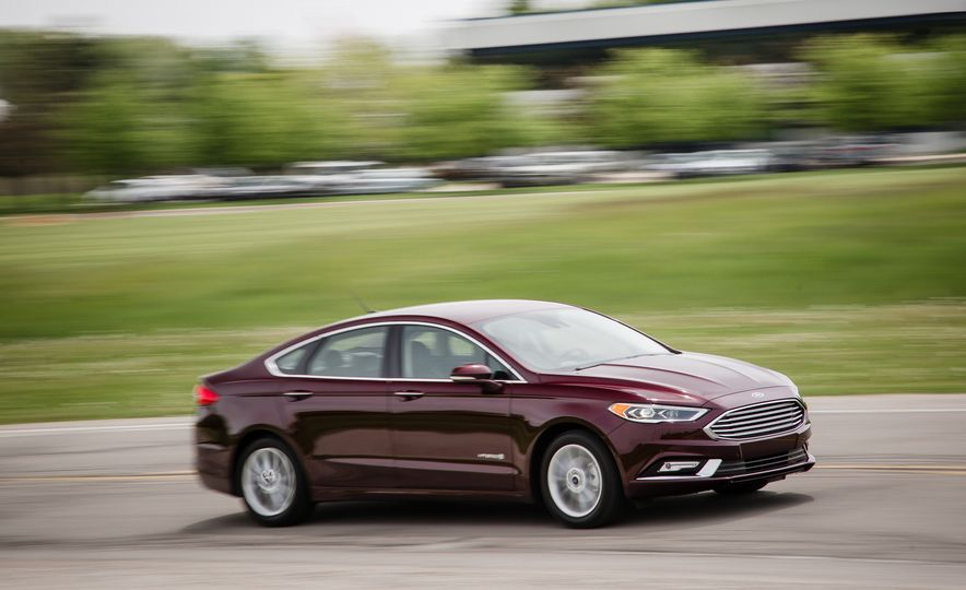 2017 Ford Fusion - Slide 45