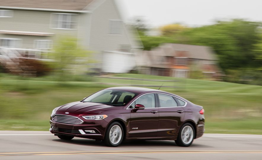 2017 Ford Fusion - Slide 48