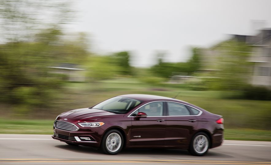2017 Ford Fusion - Slide 49