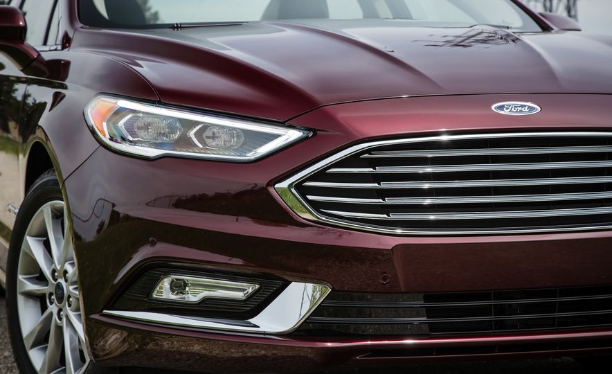 2017 Ford Fusion - Slide 57