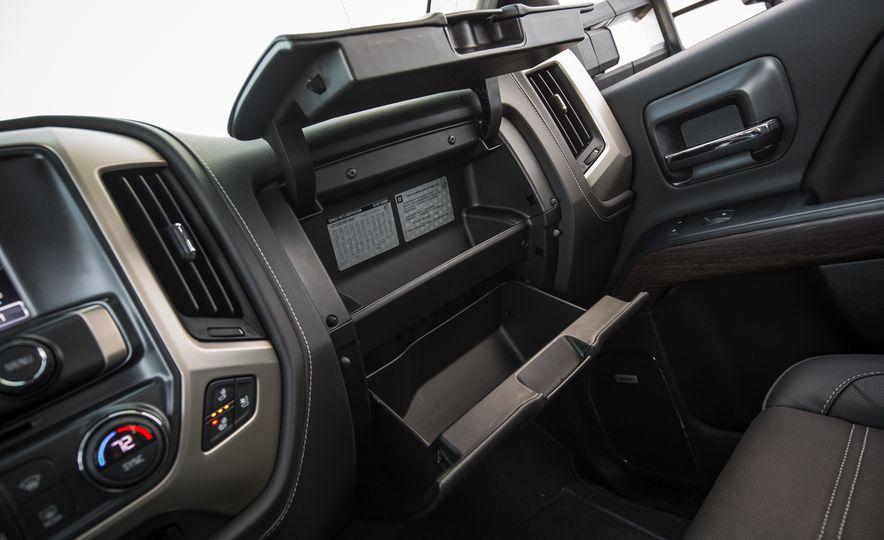 2017 GMC Sierra 2500HD - Slide 53
