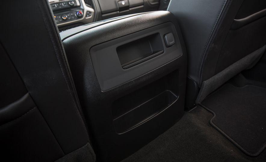 2017 GMC Sierra 2500HD - Slide 55