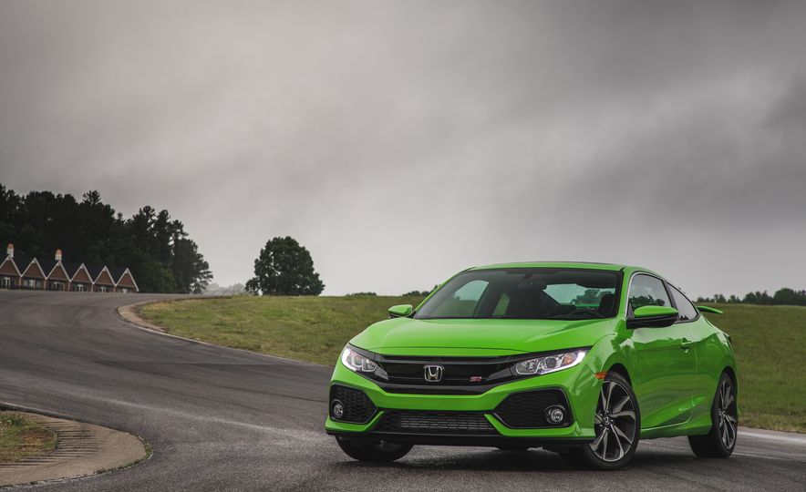 What Makes the 2017 Honda Civic Si So Ex-Si-ting? - Slide 1