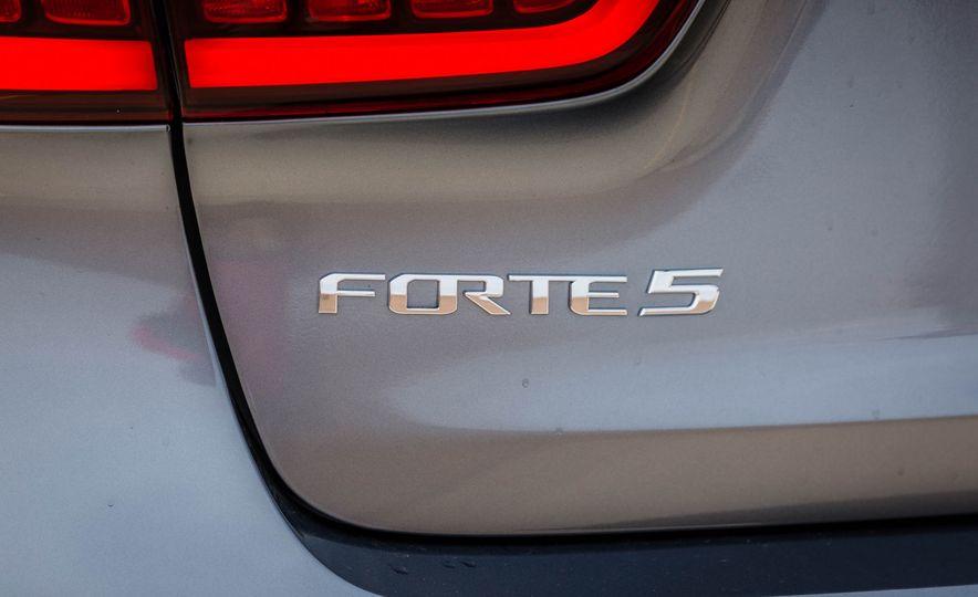 2017 Kia Forte - Slide 87