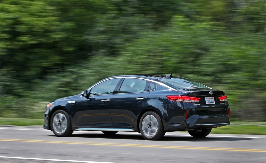 2017 Kia Optima Plug-In Hybrid - Slide 8