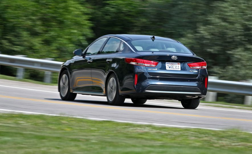 2017 Kia Optima Plug-In Hybrid - Slide 9