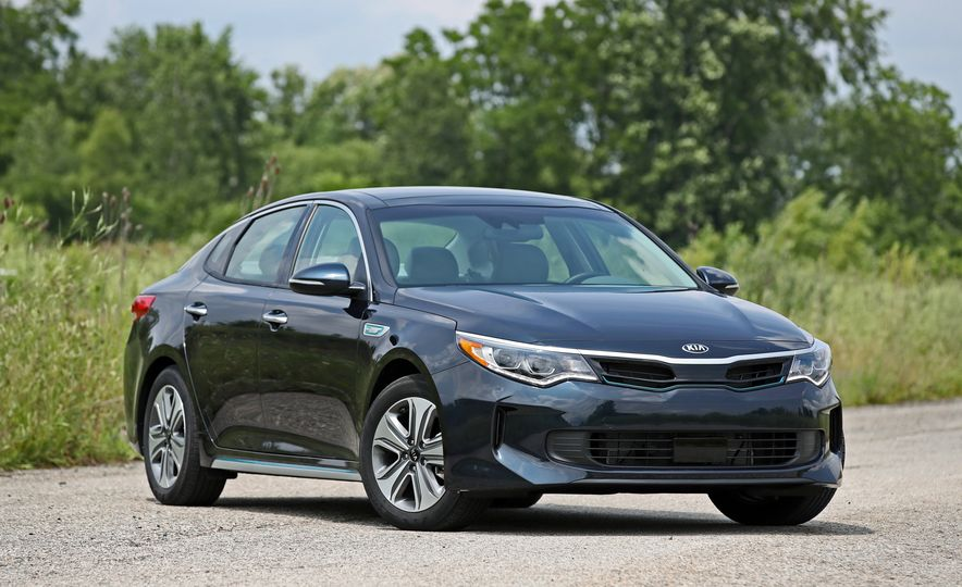 2017 Kia Optima Plug-In Hybrid - Slide 16