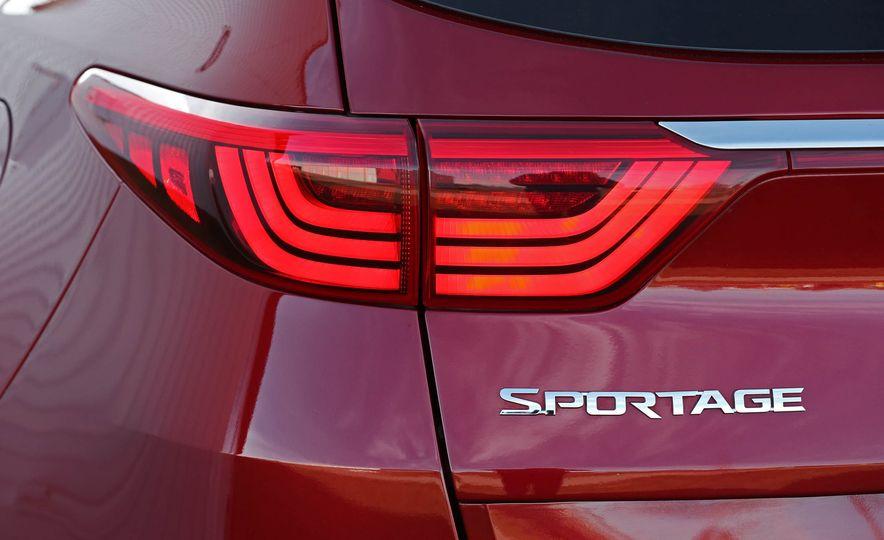 2017 Kia Sportage - Slide 25