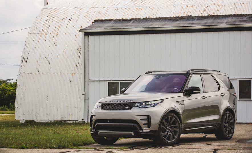 2017 Land Rover Discovery - Slide 11