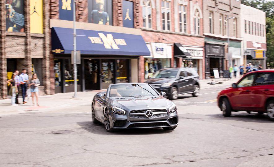 2017 Mercedes-Benz SL - Slide 4
