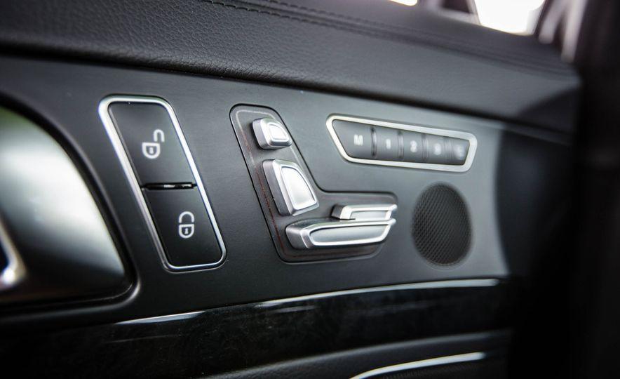 2017 Mercedes-Benz SL - Slide 34