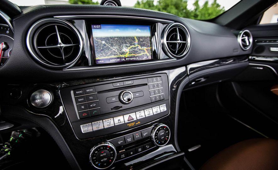 2017 Mercedes-Benz SL - Slide 39