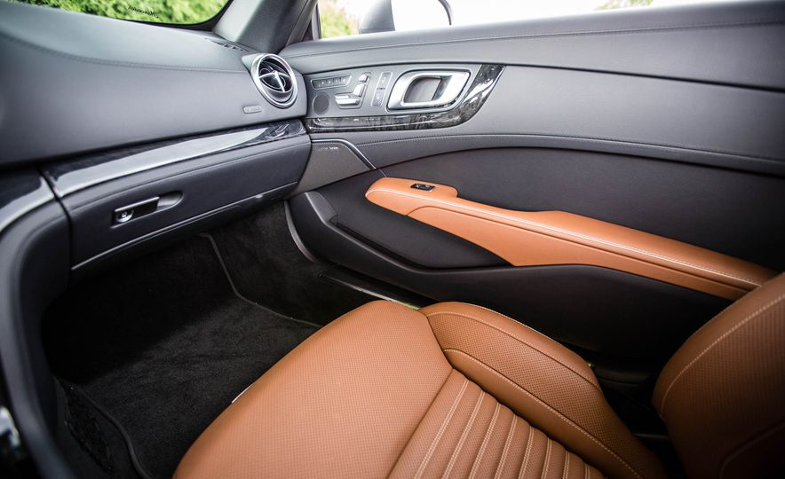 2017 Mercedes-Benz SL - Slide 47
