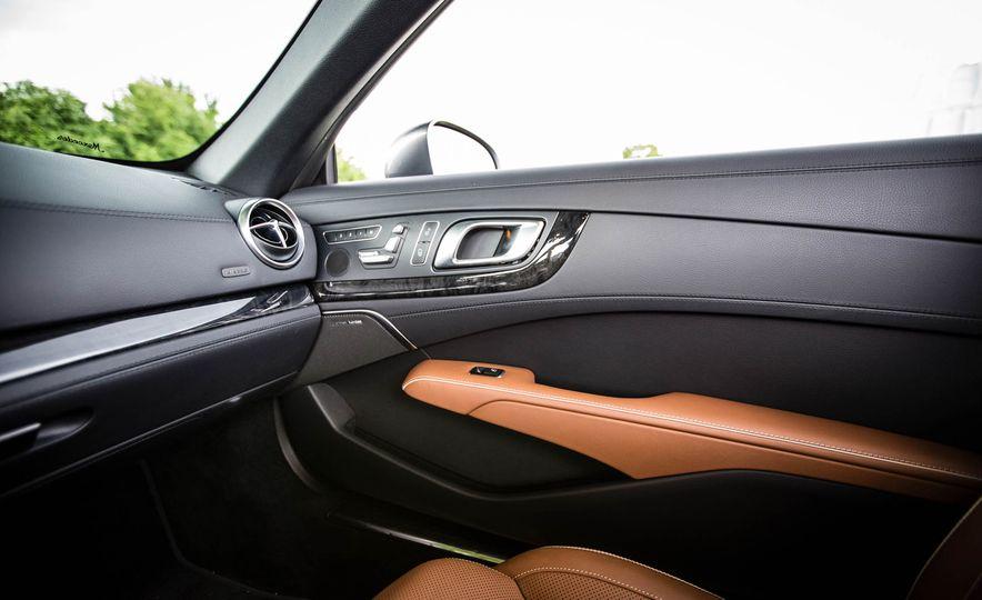 2017 Mercedes-Benz SL - Slide 49