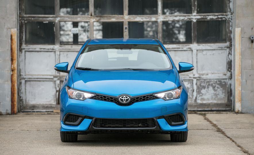2017 Toyota Corolla iM - Slide 10