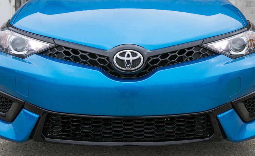 2017 Toyota Corolla iM - Slide 20