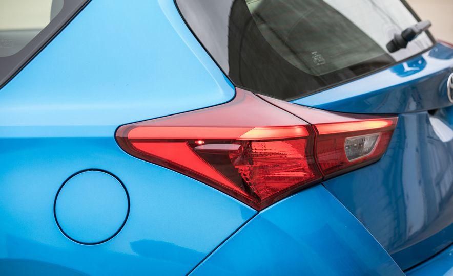 2017 Toyota Corolla iM - Slide 29