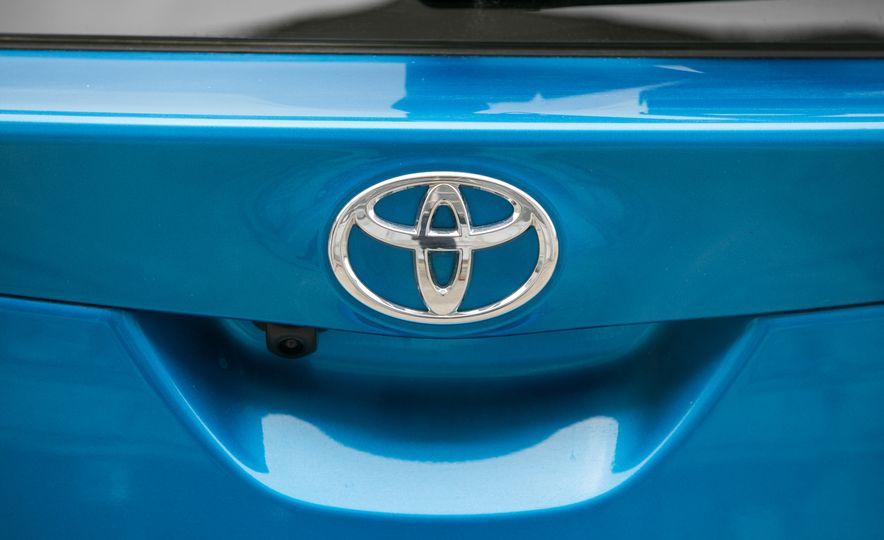 2017 Toyota Corolla iM - Slide 31