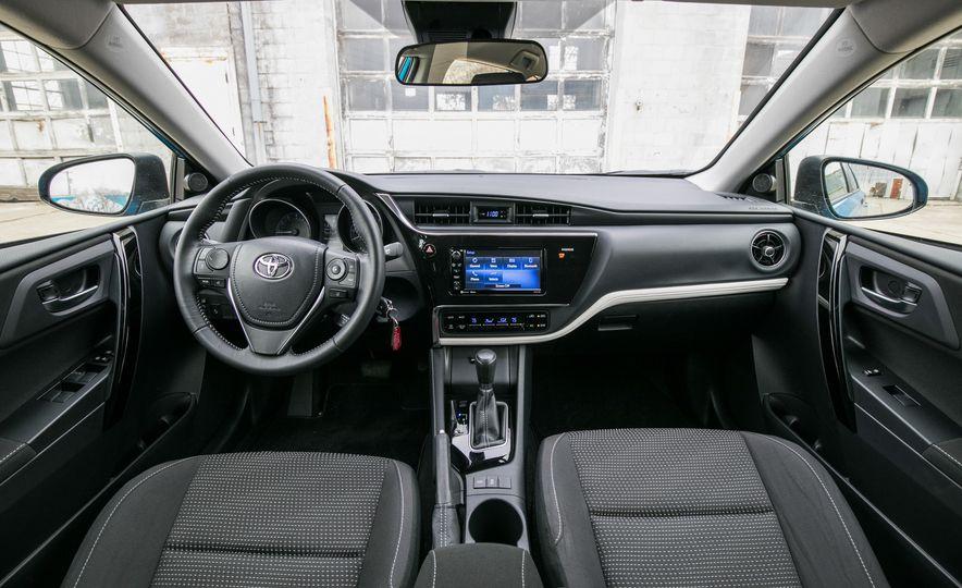 2017 Toyota Corolla iM - Slide 36