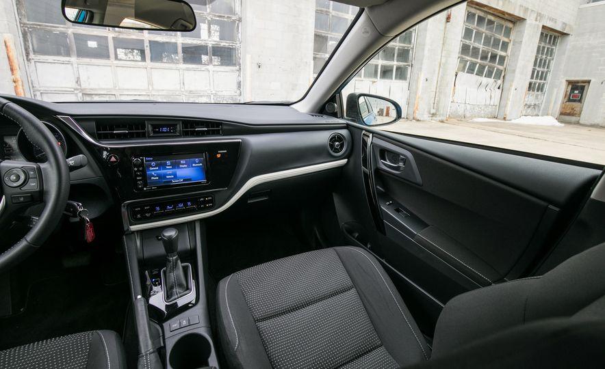 2017 Toyota Corolla iM - Slide 37