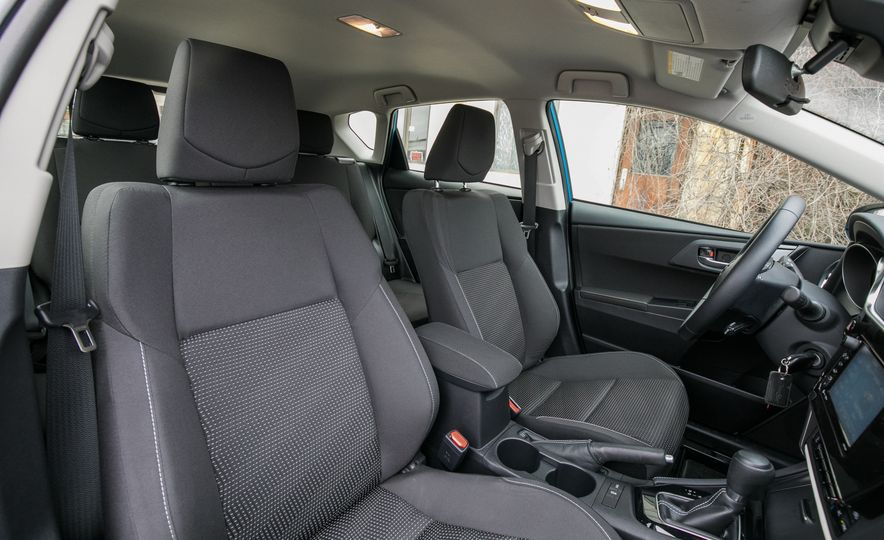 2017 Toyota Corolla iM - Slide 40