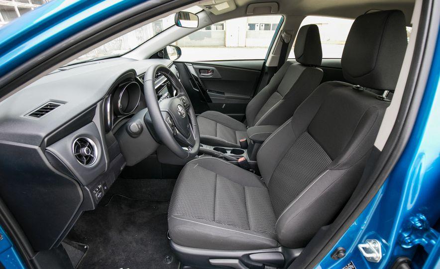 2017 Toyota Corolla iM - Slide 41