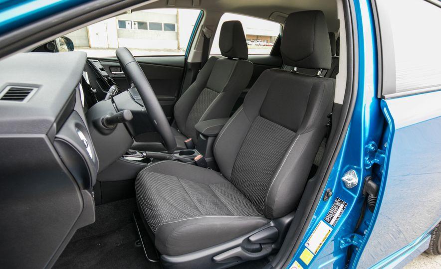 2017 Toyota Corolla iM - Slide 42