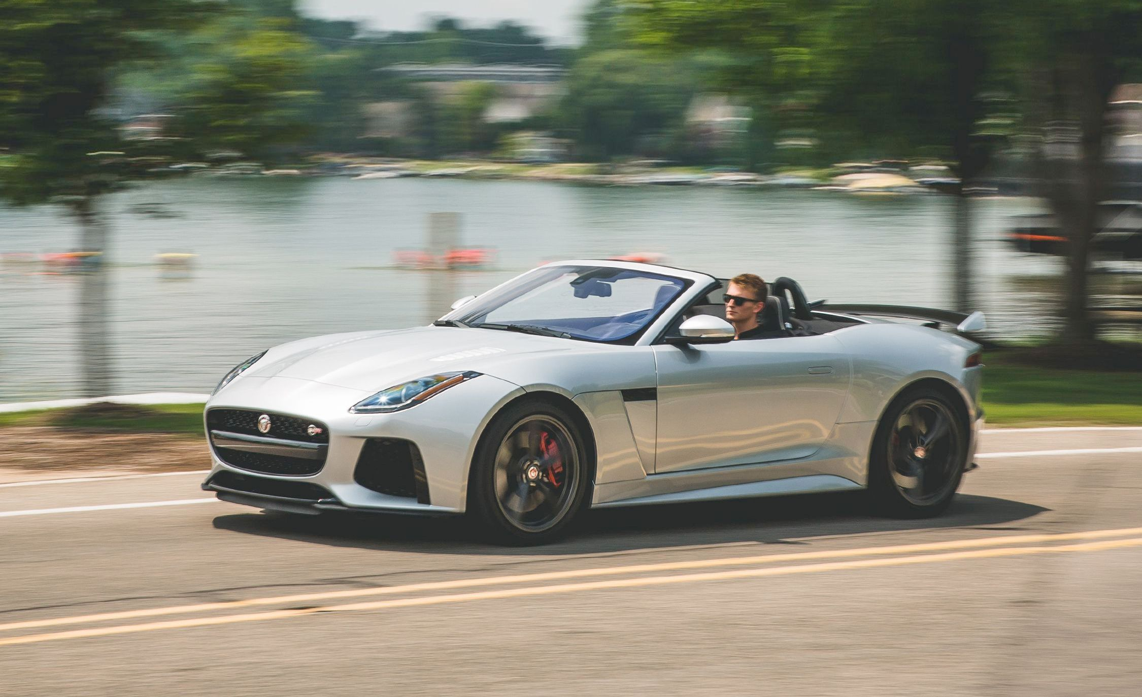 ניס 2019 Jaguar F-type R Reviews | Jaguar F-type R Price, Photos, and KF-04