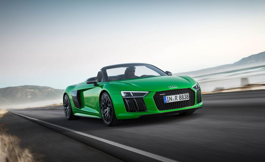 Audi R8 Spyder V10 Plus - Slide 6
