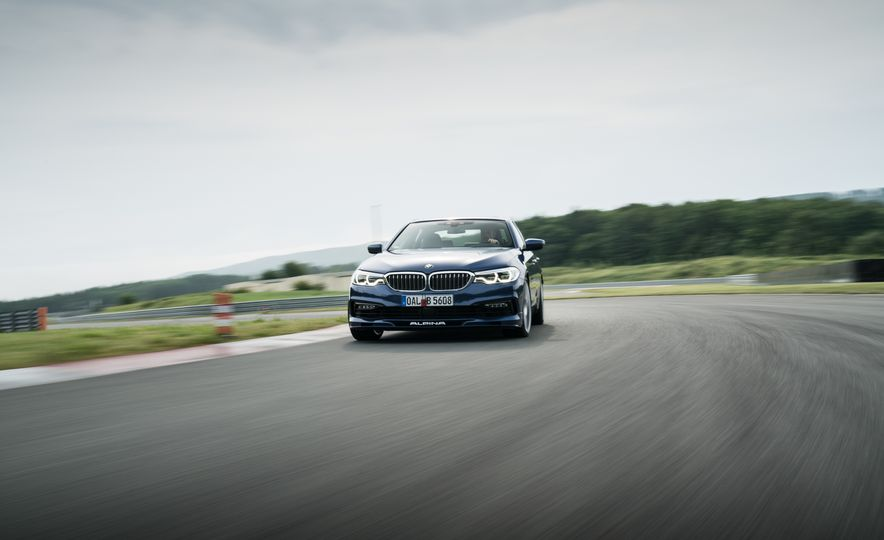 2018 BMW Alpina B5 Biturbo - Slide 9