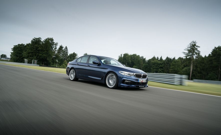 2018 BMW Alpina B5 Biturbo - Slide 24