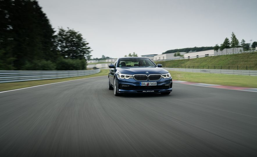 2018 BMW Alpina B5 Biturbo - Slide 25