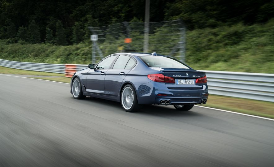 2018 BMW Alpina B5 Biturbo - Slide 38