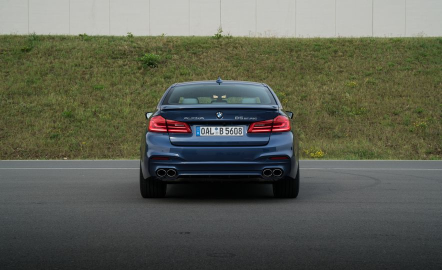 2018 BMW Alpina B5 Biturbo - Slide 50