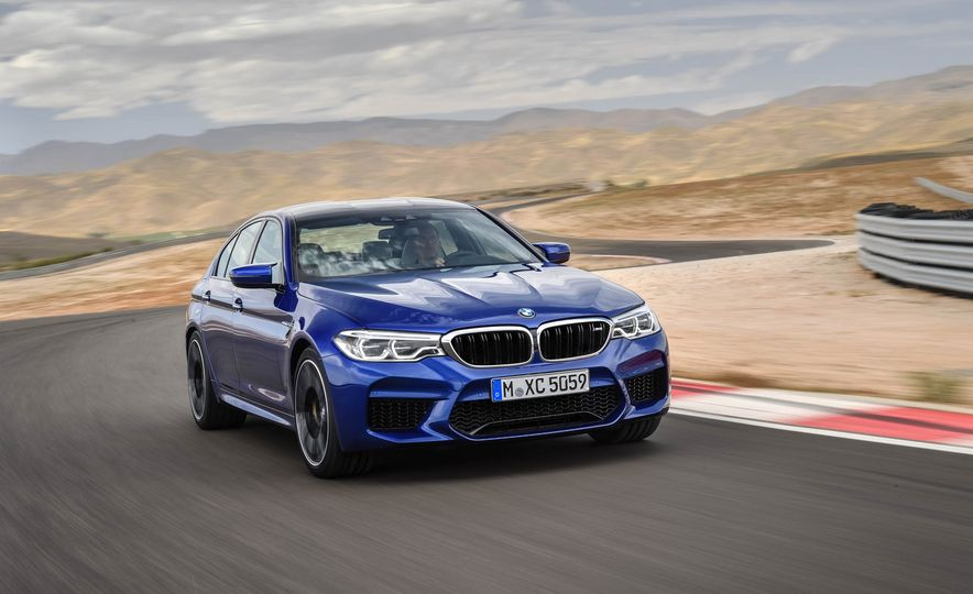2018 BMW M5 - Slide 3