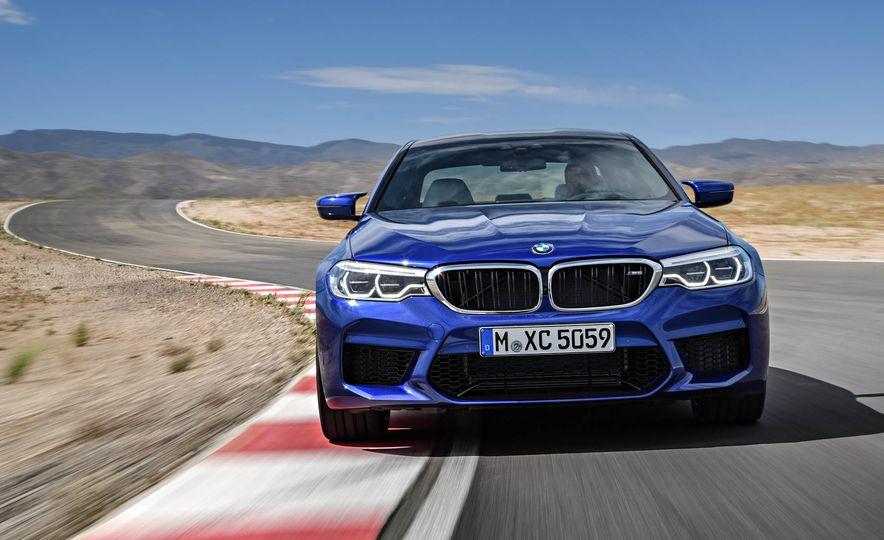 2018 BMW i3 and 2018 BMW i3s - Slide 27