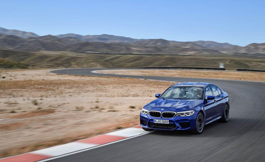 2018 BMW M5 - Slide 9