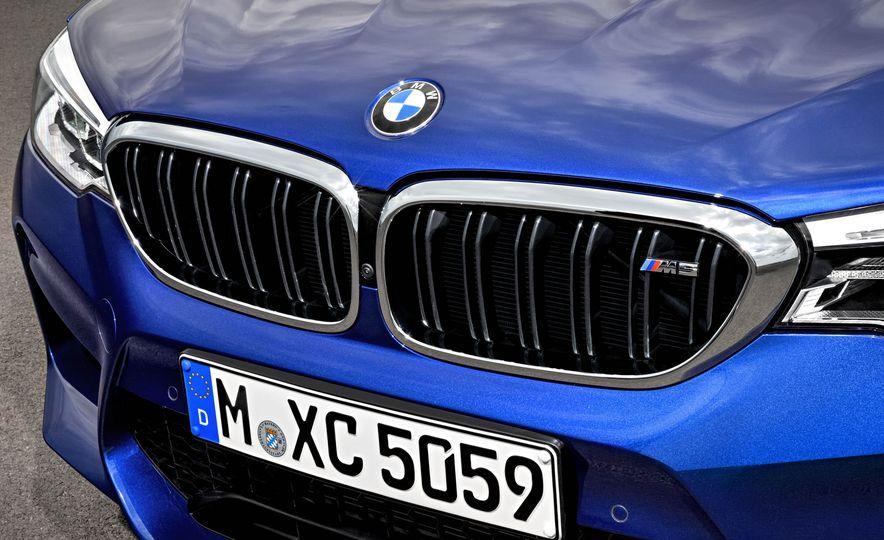 2018 BMW M5 - Slide 25