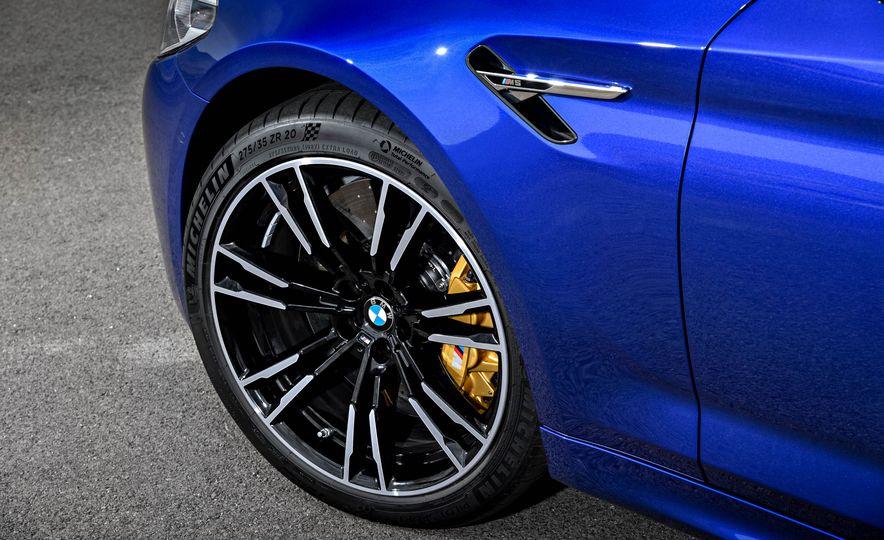 2018 BMW M5 - Slide 29