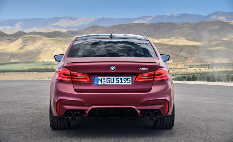 2018 BMW M5 - Slide 49