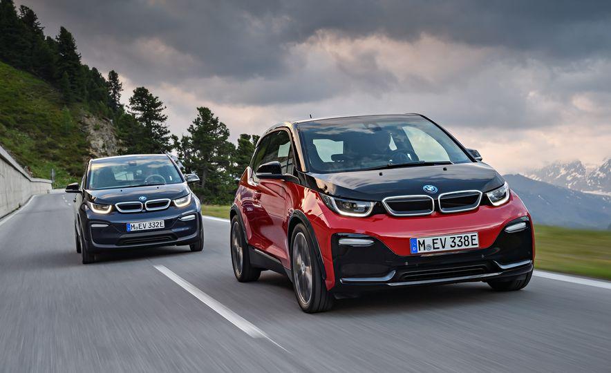 2018 BMW i3s - Slide 9