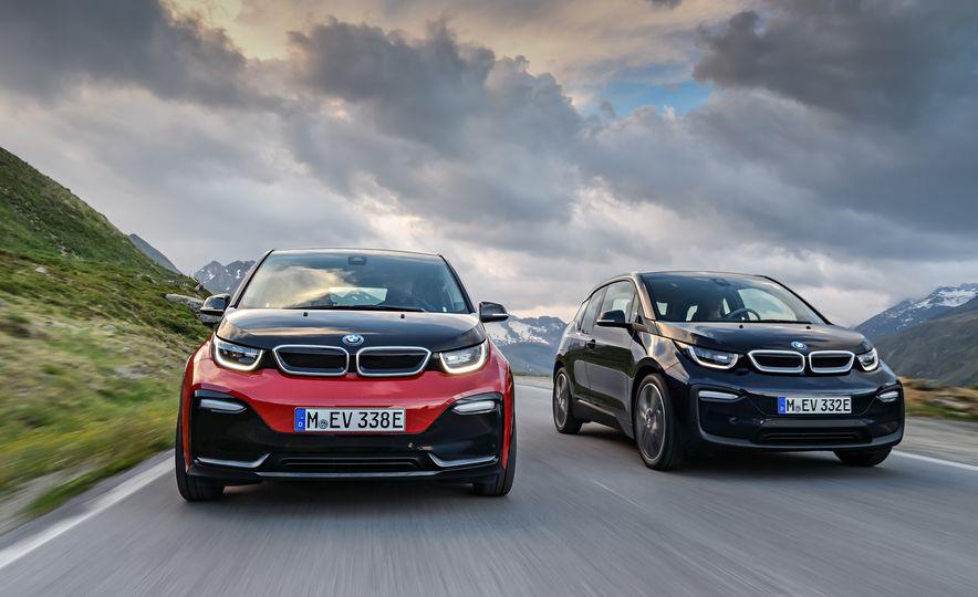 2018 BMW i3s - Slide 10