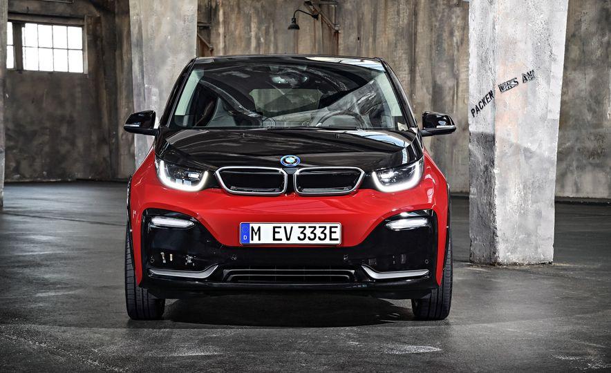 2018 BMW i3s - Slide 26