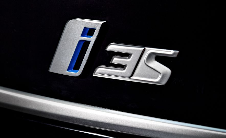 2018 BMW i3s - Slide 33