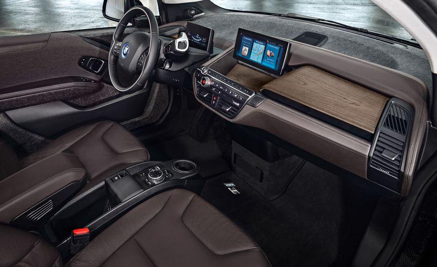 2018 BMW i3s - Slide 36