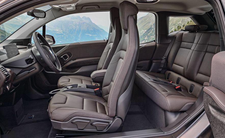 2018 BMW i3s - Slide 38