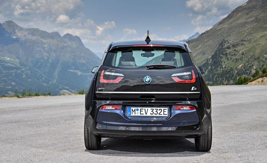 2018 BMW i3s - Slide 58