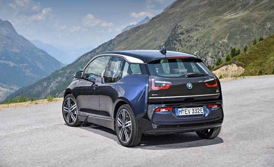 2018 BMW i3s - Slide 59