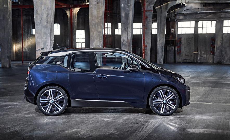 2018 BMW i3s - Slide 61